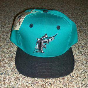 GENUINE MERCHANDISE Florida Marlins Snapback Hat